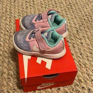 Toddler Nike's size 5